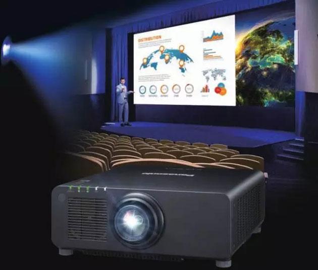 松下全新工程投影机PT-FRZ67C系列闪耀上市